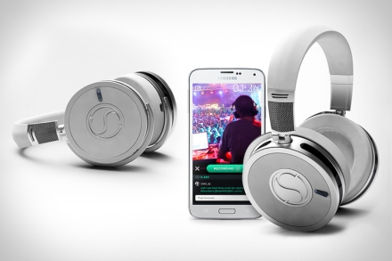 soundsight-headphones-cropped-thumb-768x512-42605